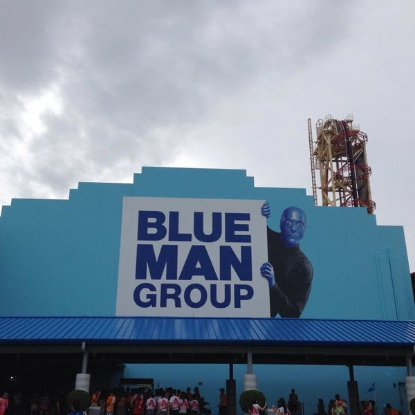 Photo taken at Blue Man Group at Universal CityWalk by Kristin L. on 7/4/2013