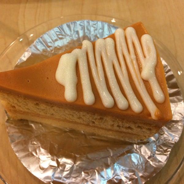 Снимок сделан в Jantanee Restaurant пользователем Oranee🦀 R. 8/18/2016