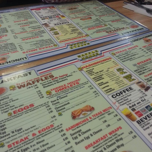 Photo taken at Waffle House by Justin F. on 2/24/2013