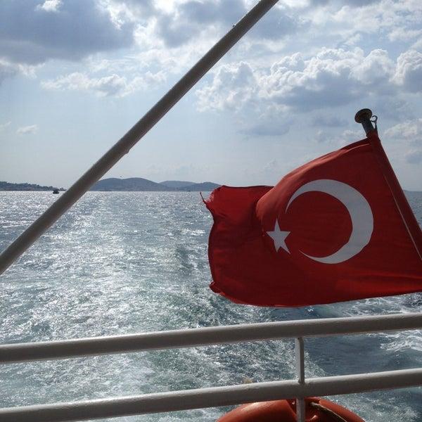Photo taken at Büyükada Mavi Marmara Motor İskelesi by Uğur B. on 7/17/2013