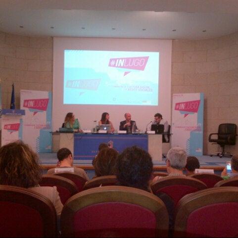 Foto tirada no(a) Deputación de Lugo por Paula G. w. em 6/8/2013
