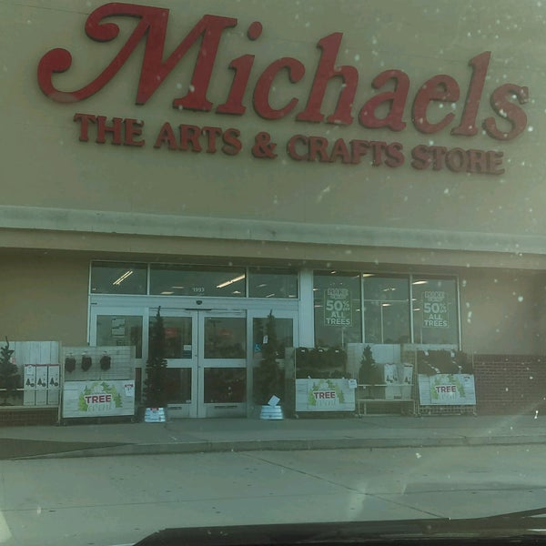 Michaels 1993 east west pkwy for Michaels craft store houston texas