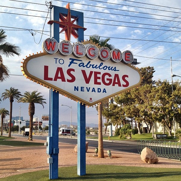 Photo taken at Welcome To Fabulous Las Vegas Sign by Matt V. on 7/6/2013