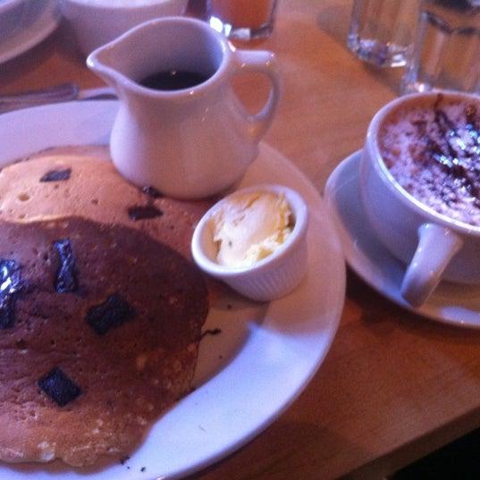 Photo taken at Good Enough to Eat by Benjamin H. on 9/24/2012