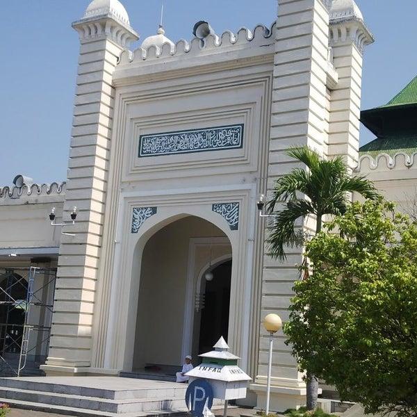 Photo taken at Masjid Jami' Kauman Pekalongan by senopati D. on 5/23/2014