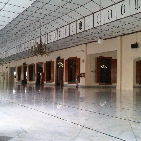 Photo taken at Masjid Jami' Kauman Pekalongan by senopati D. on 12/14/2012