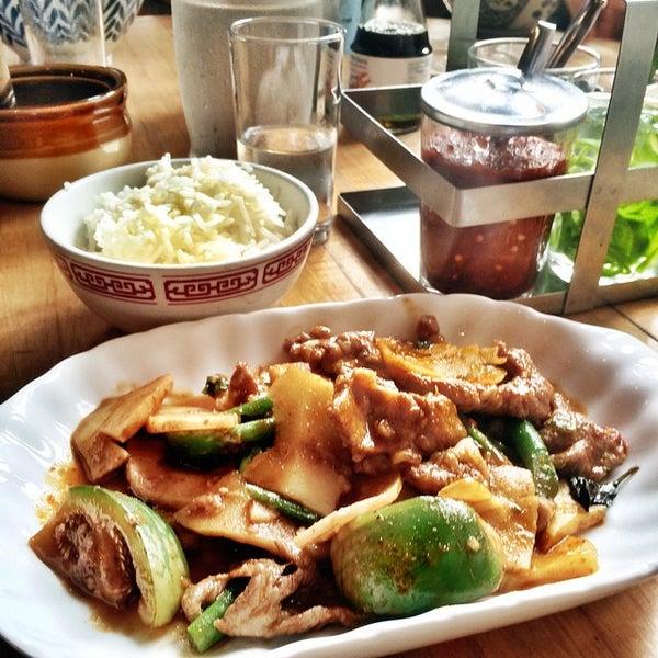 Foto tomada en Pure Thai Cookhouse por Matt B. el 11/12/2014