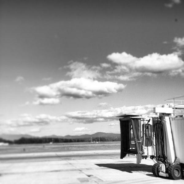 Foto tomada en Burlington International Airport (BTV) por Lillian L. el 8/15/2013