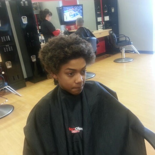 Sport Clips Haircuts Of Glenbrook Plaza Fort Wayne Salon