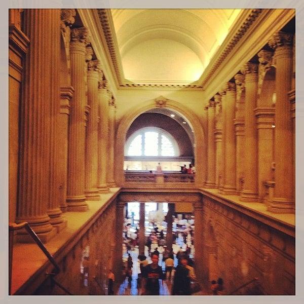 Photo taken at Metropolitan Museum of Art by Fernanda S. on 6/5/2013