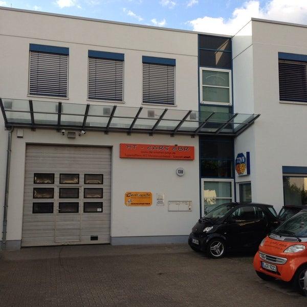Das Foto wurde bei MT Cars GbR - freie smart Werkstatt Berlin von Websenat am 6/23/2013 aufgenommen
