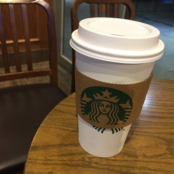 Photo taken at Starbucks by Sanghyun L. on 3/28/2015
