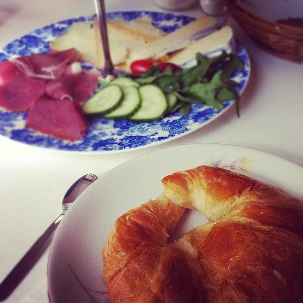 Das Foto wurde bei Osterdeich von Anja G. am 9/30/2012 aufgenommen