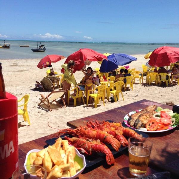 Foto tirada no(a) Praia de São Miguel dos Milagres por NesS A. em 11/15/2015