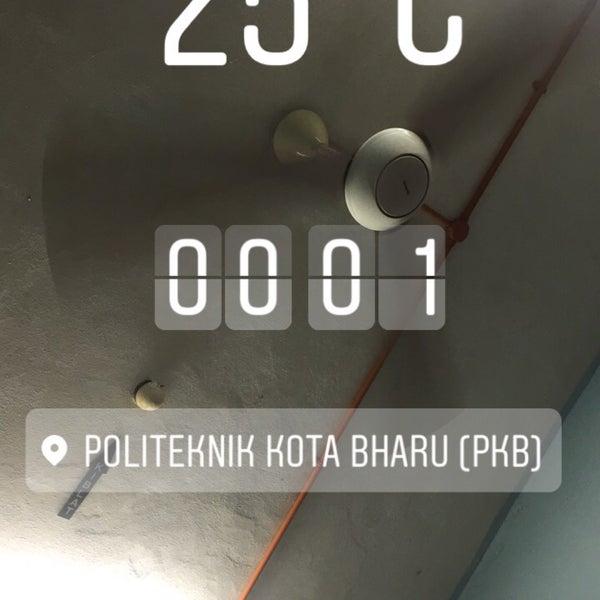 2/14/2017에 Hassan B.님이 Politeknik Kota Bharu (PKB)에서 찍은 사진