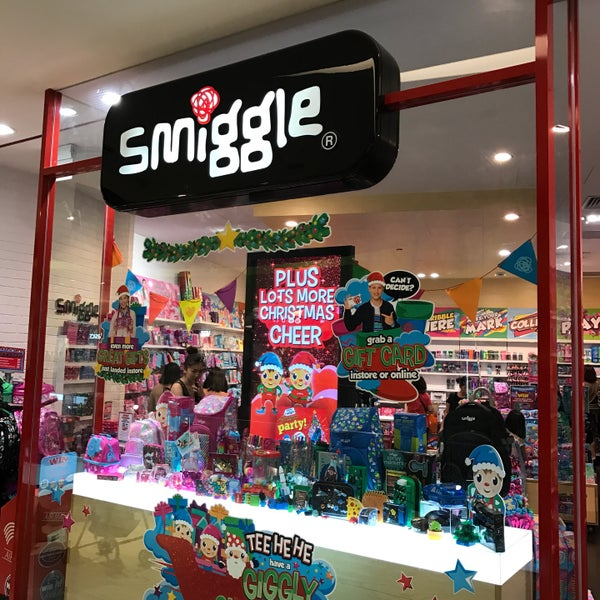 Smiggle central region lv 2 vivocity for Arts and crafts stores in las vegas
