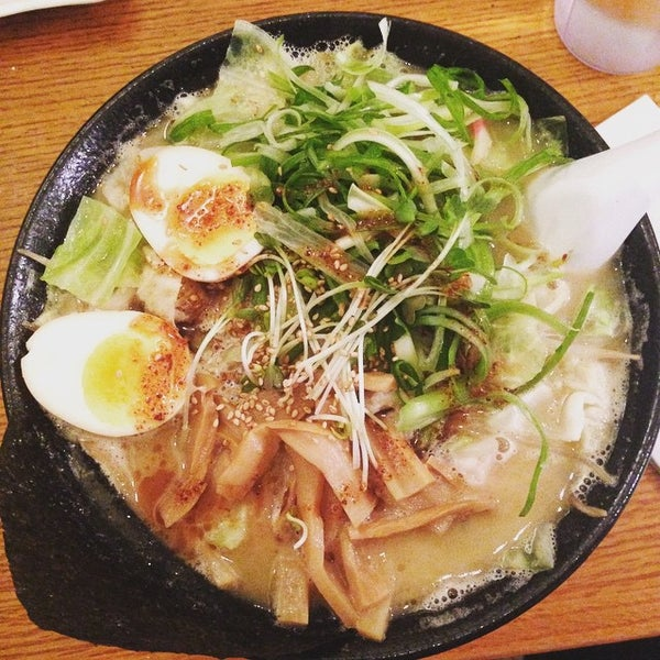 Photo taken at Noodle Cafe Zen by Magic F. on 4/29/2015