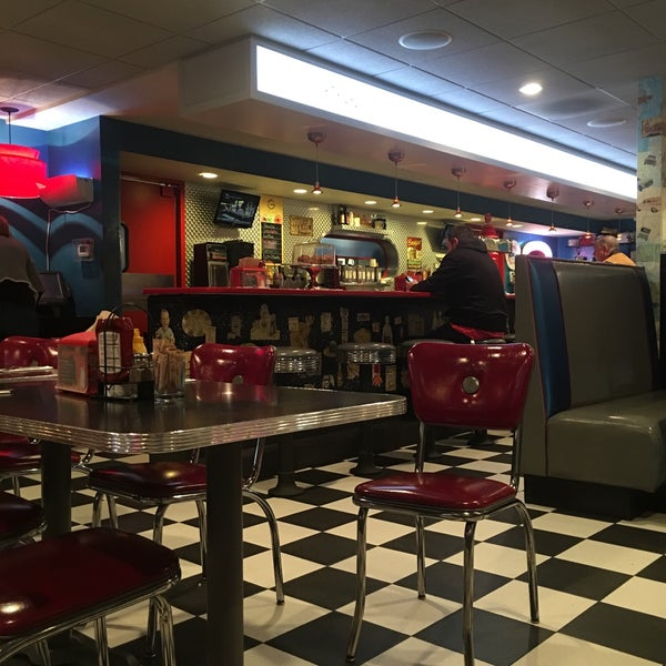 Photo taken at Roundabout Diner & Lounge by Brenna H. on 2/1/2016