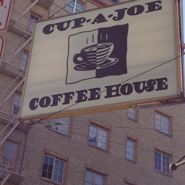 Photo taken at Cup-A-Joe Coffee House by Etsuko P. on 3/23/2014