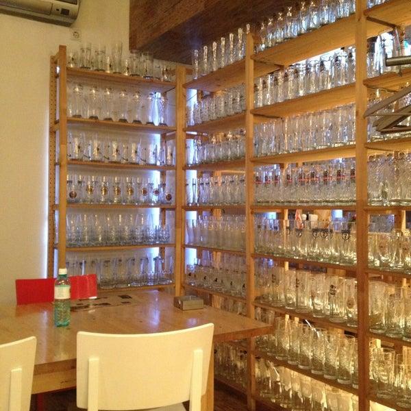 Снимок сделан в Beerman & Grill пользователем Дана Б. 12/18/2012