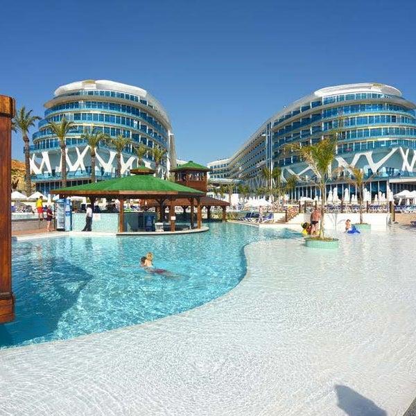 3/24/2016 tarihinde Vikingen Infinity Resort Hotel & Spaziyaretçi tarafından Vikingen Infinity Resort Hotel & Spa'de çekilen fotoğraf