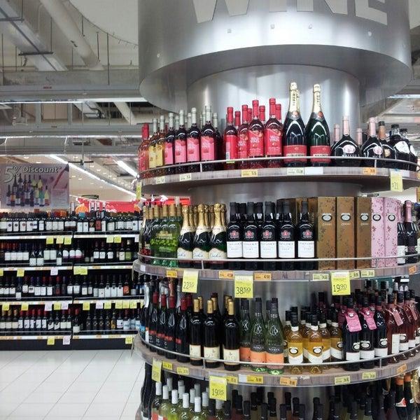 NTUC FairPrice - Supermarket in Farrer Park