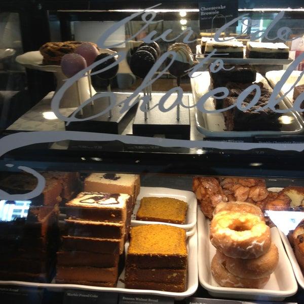 Photo taken at Starbucks by Roberta K. on 3/22/2013