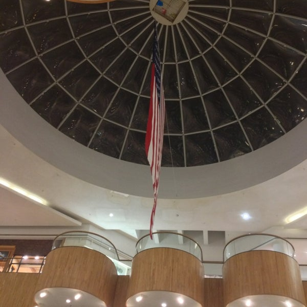 Photo taken at Holyoke Mall at Ingleside by CHillllllla on 2/20/2013