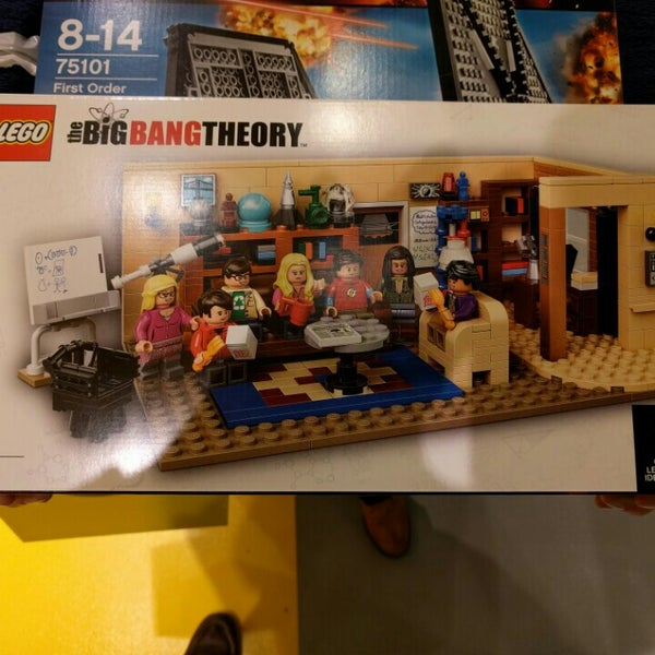 Photo taken at LEGO Store by Jan M. on 2/1/2016