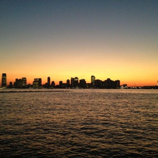 Das Foto wurde bei Hudson River Park von Claire am 12/13/2012 aufgenommen