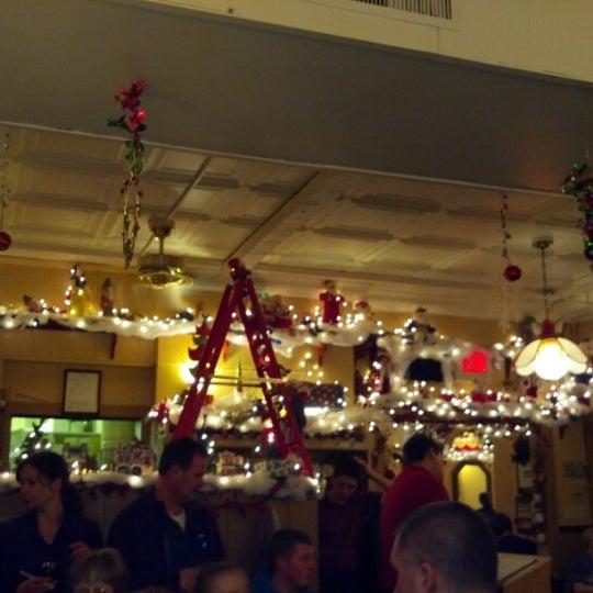 Photo taken at Balistreri's Italian American Ristorante by Bryon L. on 12/15/2012