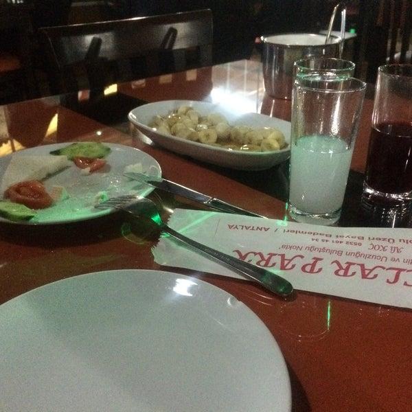 3/28/2017 tarihinde Talat T.ziyaretçi tarafından Koçlar Restaurant ve Dinlenme Tesisi'de çekilen fotoğraf
