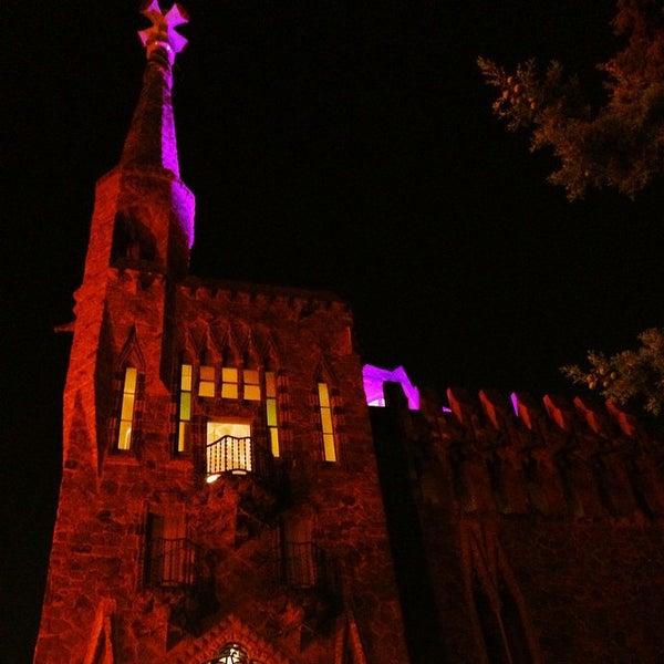 Foto tomada en Torre Bellesguard por Patrick T. el 10/6/2014