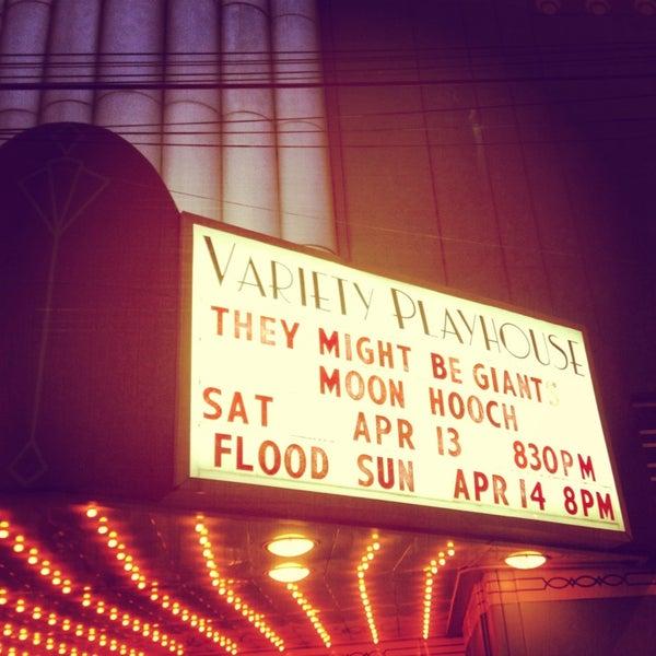 4/15/2013 tarihinde Molly S.ziyaretçi tarafından Variety Playhouse'de çekilen fotoğraf