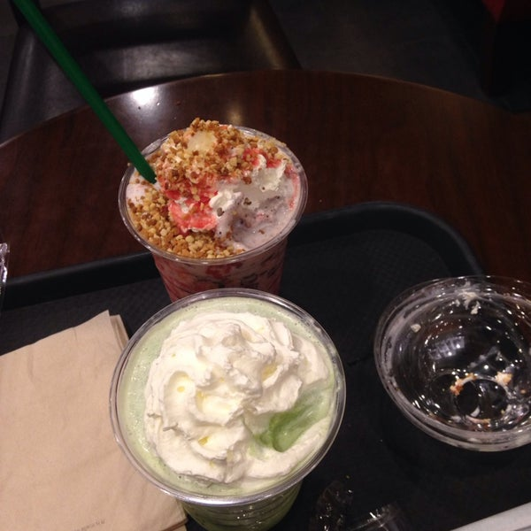 Photo taken at Starbucks by Cho-ah C. on 7/5/2014