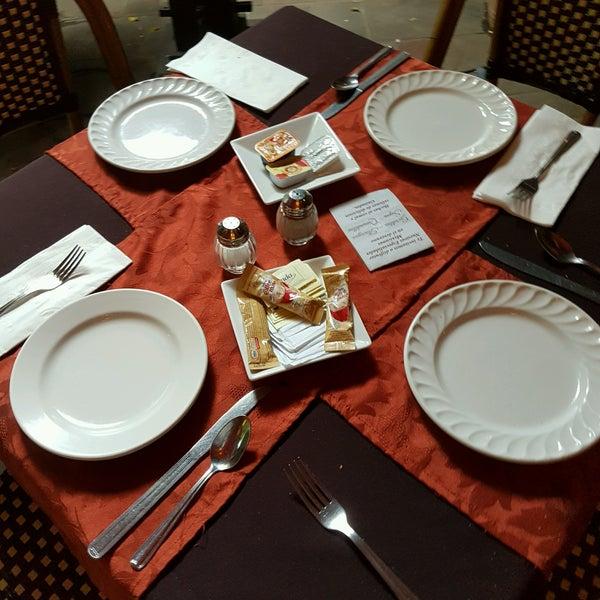 Foto tomada en Hotel Posada Santa Fe por Lusheess T. el 10/9/2016