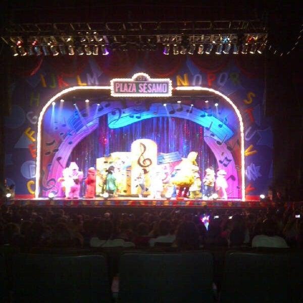 Foto tirada no(a) Teatro Aldama por Armando R. em 4/7/2013