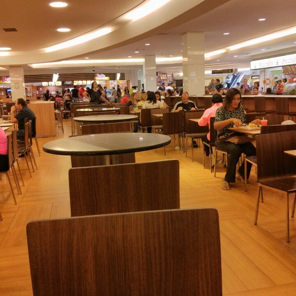 Photo taken at Shopping Recife by Carlos F. on 7/21/2013