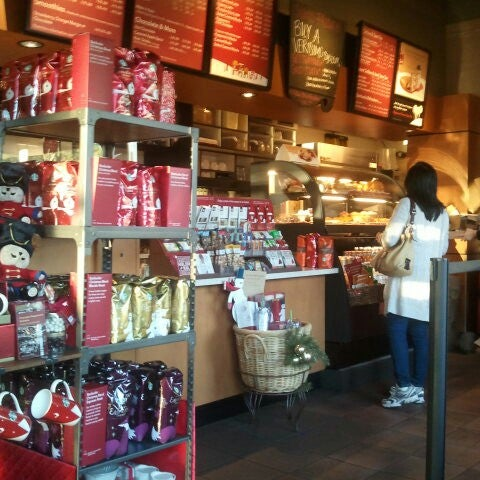Photo taken at Starbucks by Enrico P. on 11/24/2012
