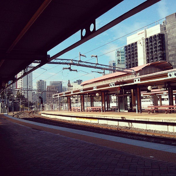 photos at roma street railway station train station in. Black Bedroom Furniture Sets. Home Design Ideas