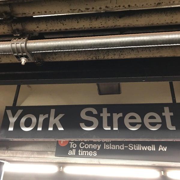 Photo taken at MTA Subway - York St (F) by Nobunari O. on 6/18/2017