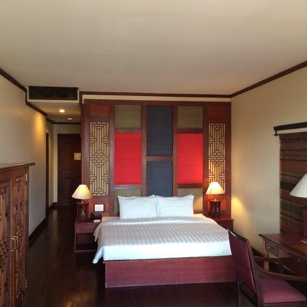 Photo taken at Amanjaya Pancam Suites Hotel by Cynthia K. on 11/21/2014
