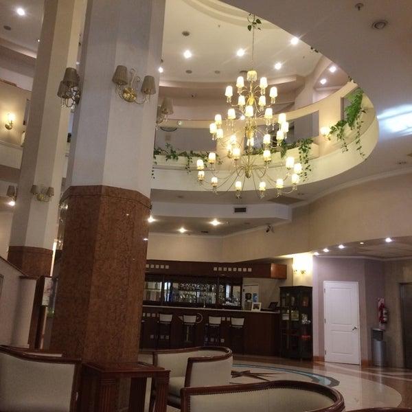 Foto tomada en InterTower Hotel por Gustavo B. el 10/14/2014