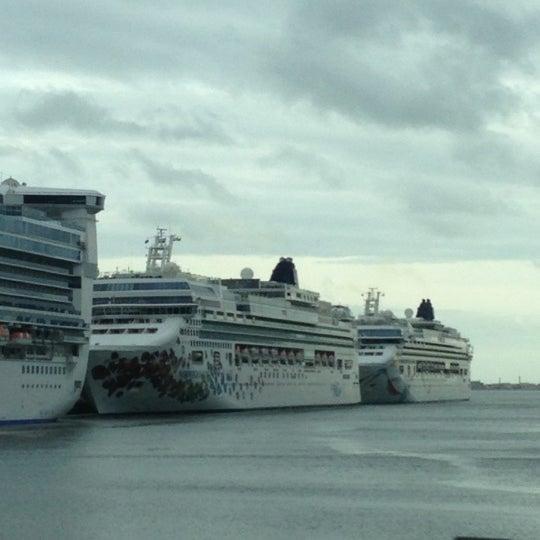 Boston Black Falcon Cruise Terminal Boat Or Ferry In Boston