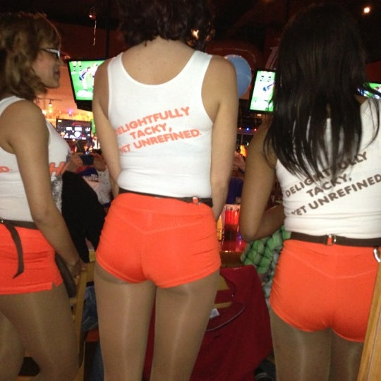Best Hooters Restaurant