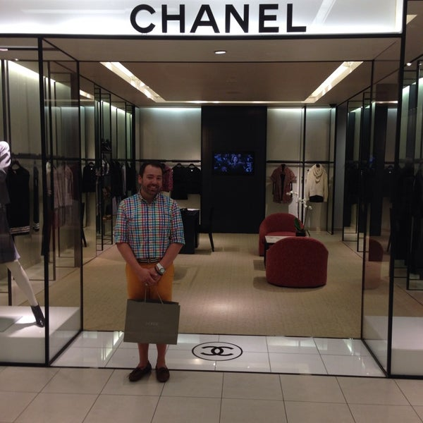 chanel at saks 5th avenue boutique in french quarter
