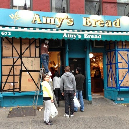 Foto tomada en Amy's Bread por Laurent R. el 10/28/2012
