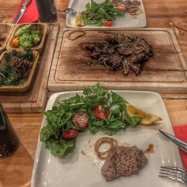 9/17/2018 tarihinde ♚DEMÍR♚ziyaretçi tarafından Assado Steak House'de çekilen fotoğraf