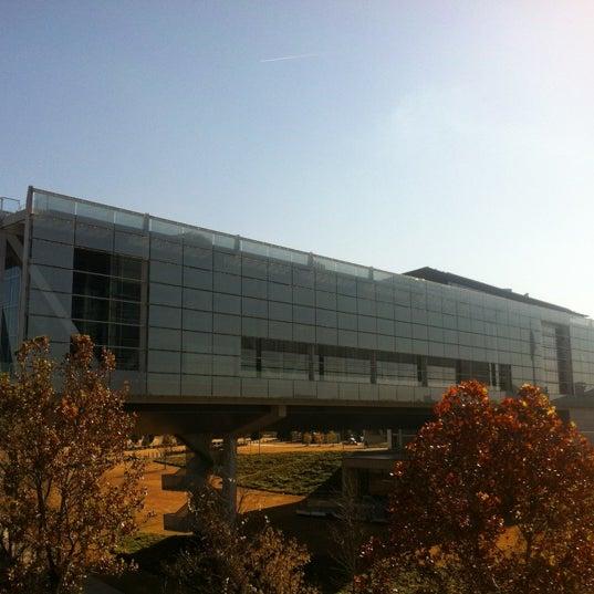Foto tomada en William J. Clinton Presidential Center and Park por Jason C. el 11/28/2012