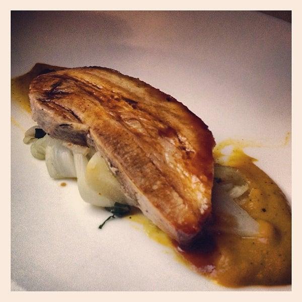 Foto tomada en Jaso Restaurant por Alejandro Z. el 11/21/2012